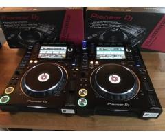 Pioneer DJM-900NXS2.1000 € Pioneer XDJ-RX2